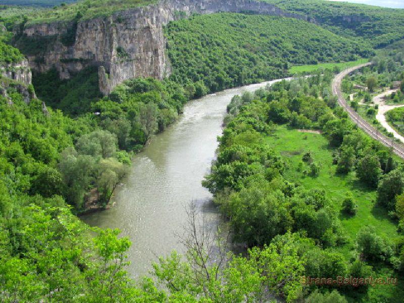 Река Искыр