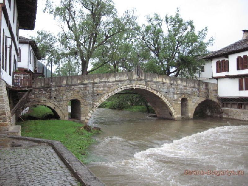 Каменный мост Трявна