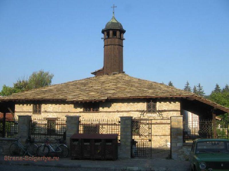 Церковь Архангела Михаила в Трявне