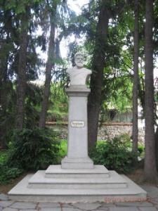 Памятник Христо Ботеву в Калофере