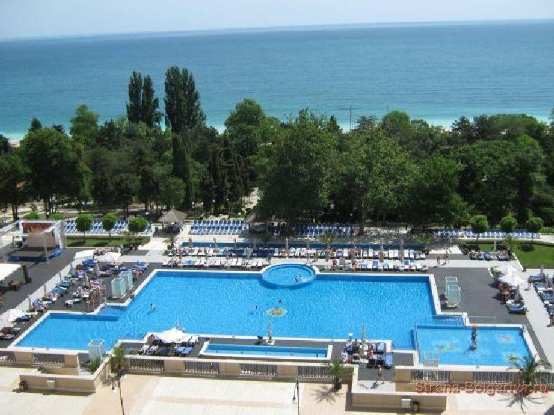 Вид из отеля Melia Grand Hermitage